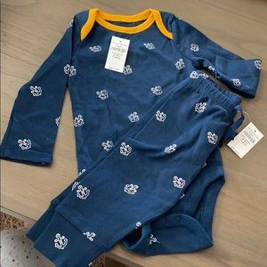 NWT! Baby Gap onesie and pant set. Navy w anchors